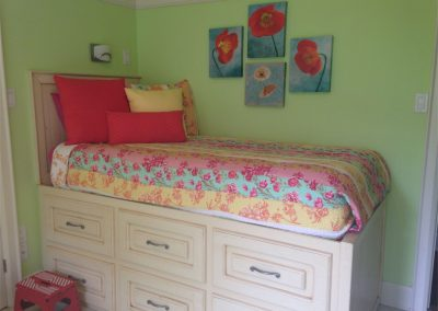 Tweens Bedroom