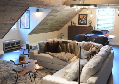 Cozy Loft Guest House and Home Office